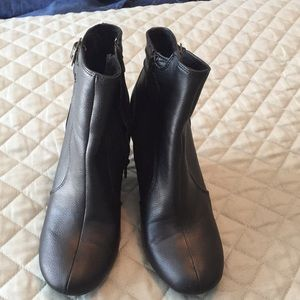 Old Navy black boots.  Great condition.  Size 8